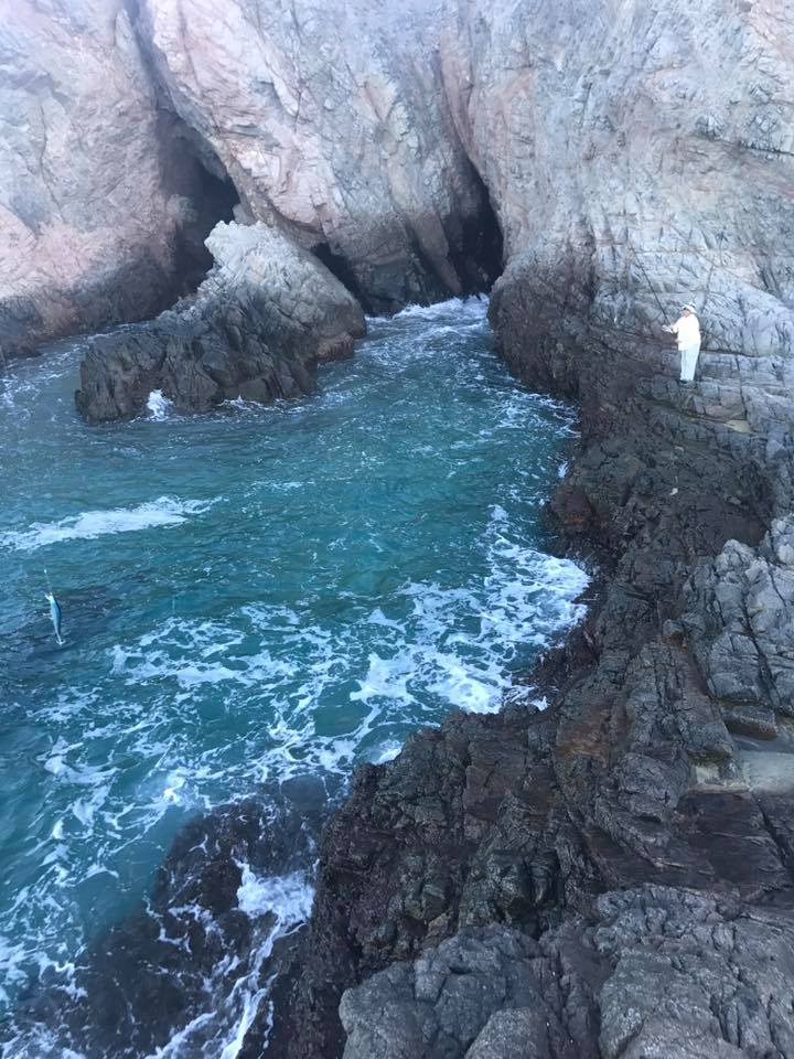cliff fishing in Cabo