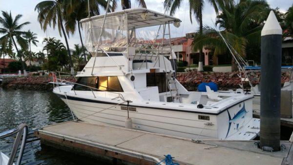 Exterior of 34 foot fishing boat